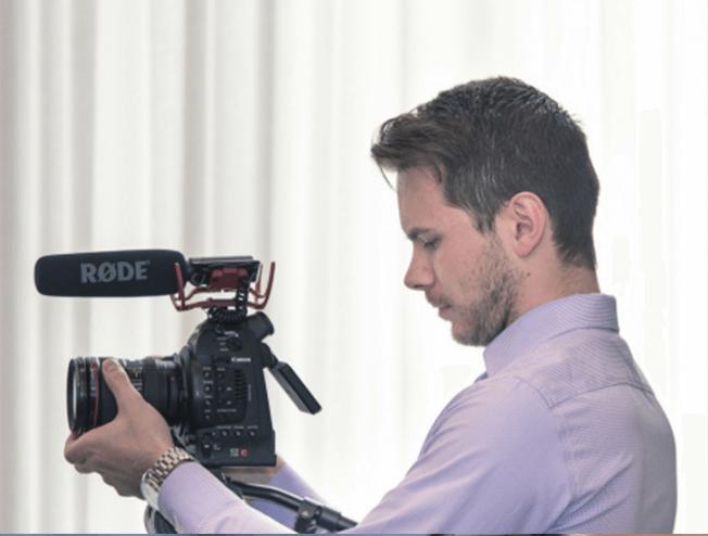 Videograaf bijhuren voor je bedrijfsfeest of bruiloft?