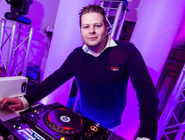 DJ Martijn Renkema boeken voor je bruiloft of bedrijfsfeest
