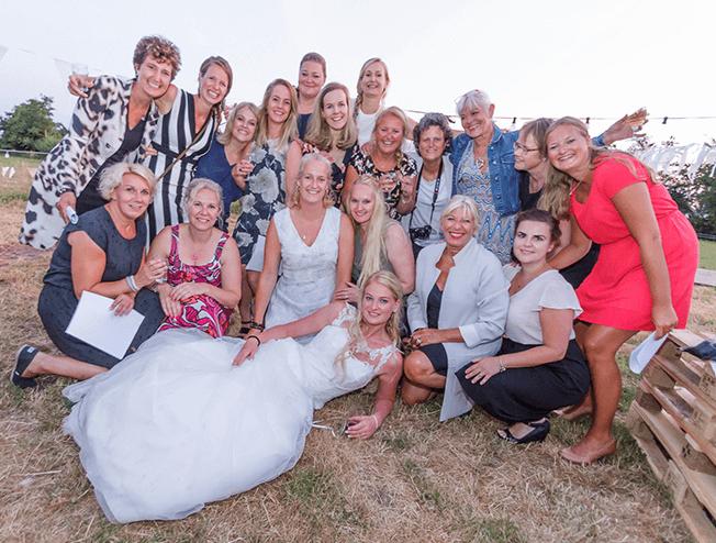 party fotograaf maakt de mooiste kiekjes tijdens je bruiloft